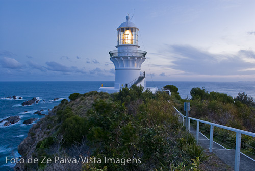 Farol em Sugarloaf Point, Myall Lakes National Park, New South Wales NSW, Australia. Foto de Ze Paiva, Vista Imagens