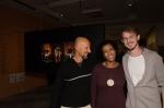 A curadora Denise Camargo ao lado de Zé Paiva e Alessando Gruetzmacher, outro contemplado do Prêmio Marc Ferrez 2012.