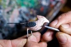 Eloir Silva, artesão de miniaturas de aves - Mostardas, Rio Grande do Sul.