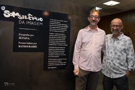 Zé Paiva e Fábio Brüggemann, autor do texto de apresentação.