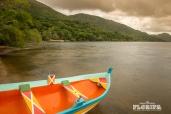 Canoa de garapuvu na Costa da Lagoa