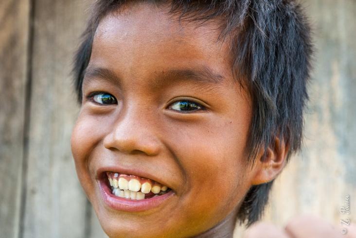 Menino da etnia Javaé na Ilha do Bananal.