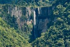 Vista da Cascata do Avencal desde o Morro do Avencal