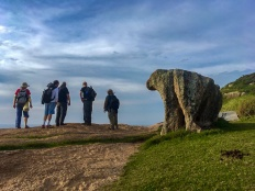 Pedra escultural na Ponta do Gravatá, foto de Beatriz Donelli.